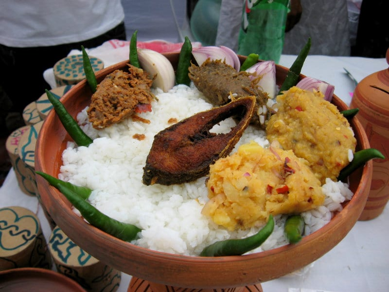 Traditional Foods Of Bangladesh: Top 9 Must-Try Bangladeshi
