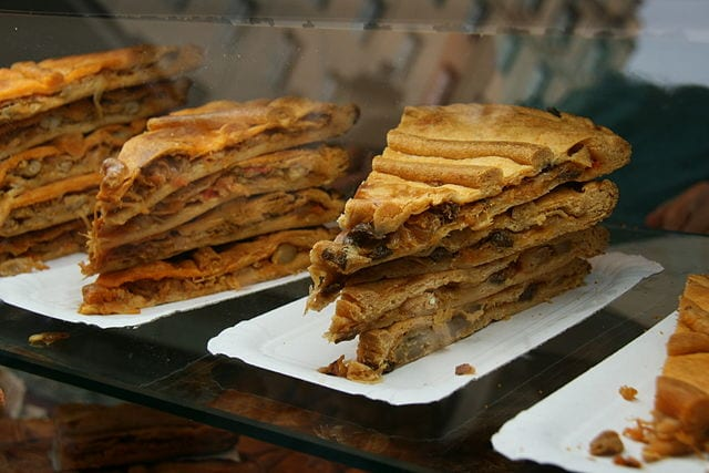 L'Empanada Gallega est une pâtisserie au thon