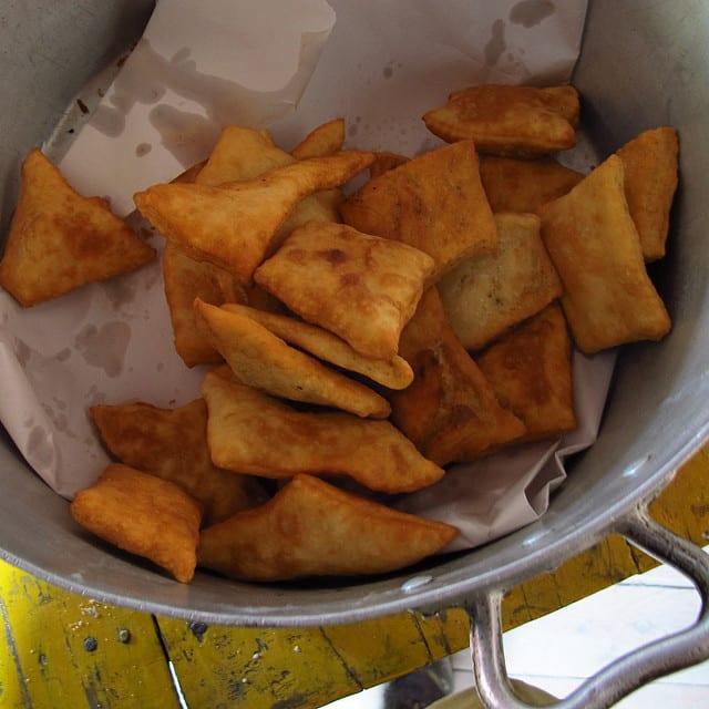 Les tortas fritas sont des collations de pain biscuit consommées en Uruguay